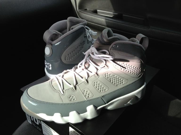 Air Jordan Retro 9 (Cool Grey)