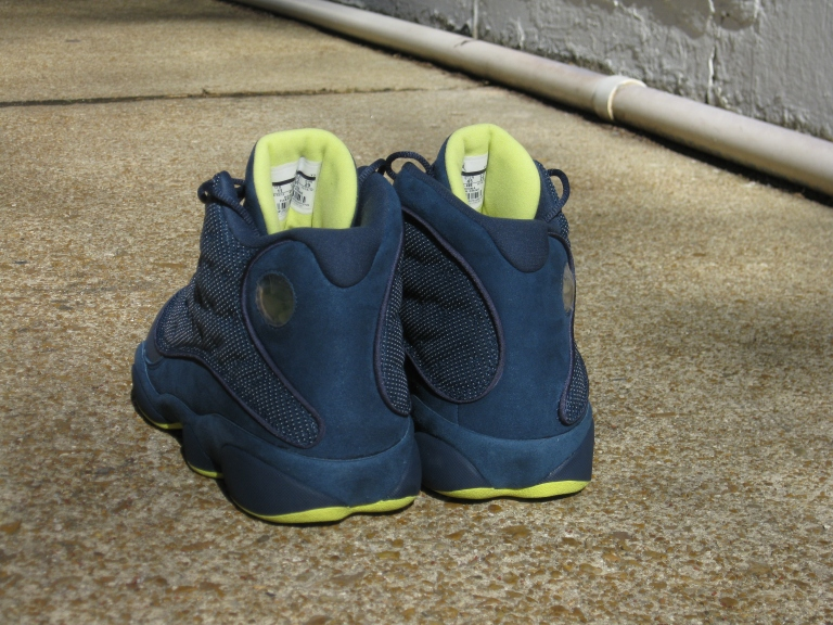 Air Jordan Retro 9 (Squadron Blue)