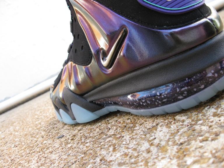 """Shoe: Nike Barkley Max """"Eggplant"""""""
